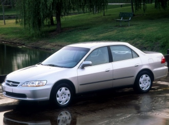 Снимки на Honda Accord 6 (CE,CF)