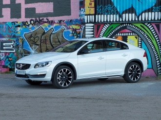 Снимки на Volvo S60 Cross Country