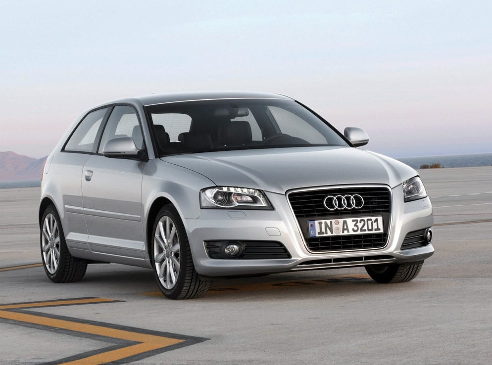 Снимки: Audi A3 (8P) 2004
