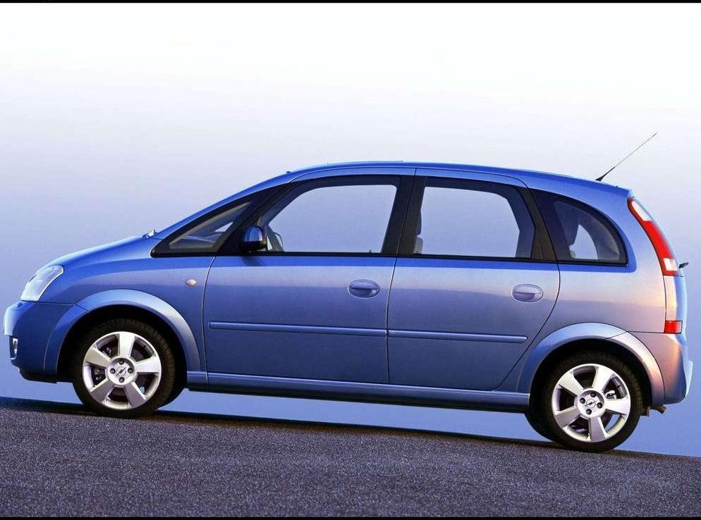 Снимки: Opel Meriva (T3000)