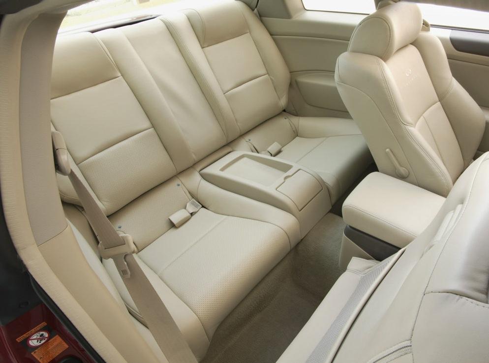 Снимки: Infiniti G35 Sport Coupe
