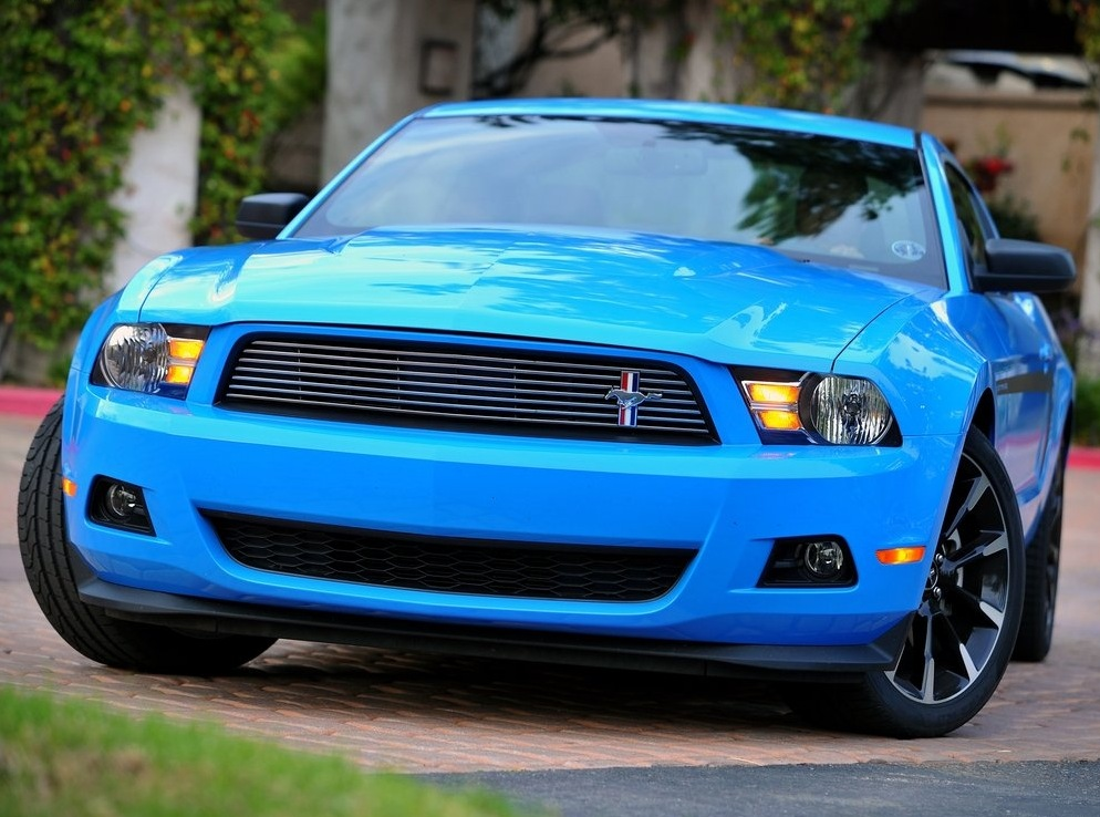 Снимки: Ford Mustang 5 Facelift 2011