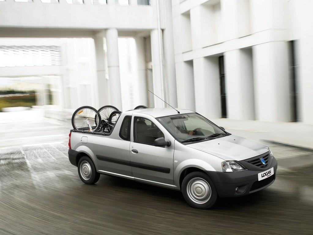Снимки: Renault Logan