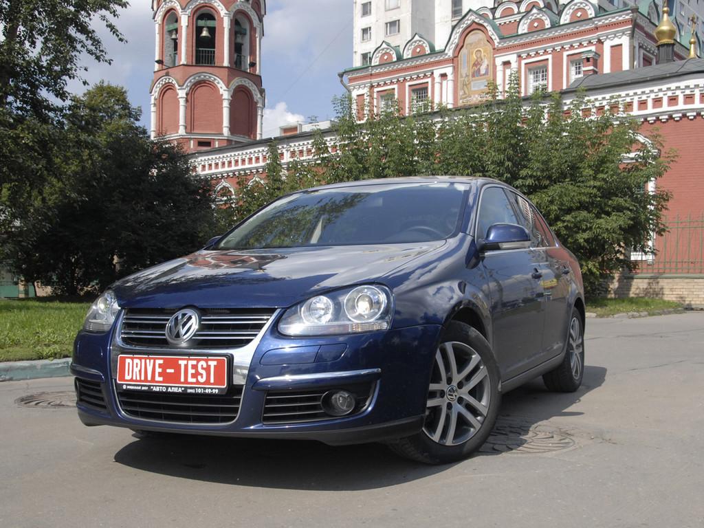 Снимки: Volkswagen Jetta V