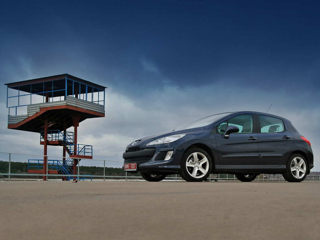Снимки: Peugeot 308