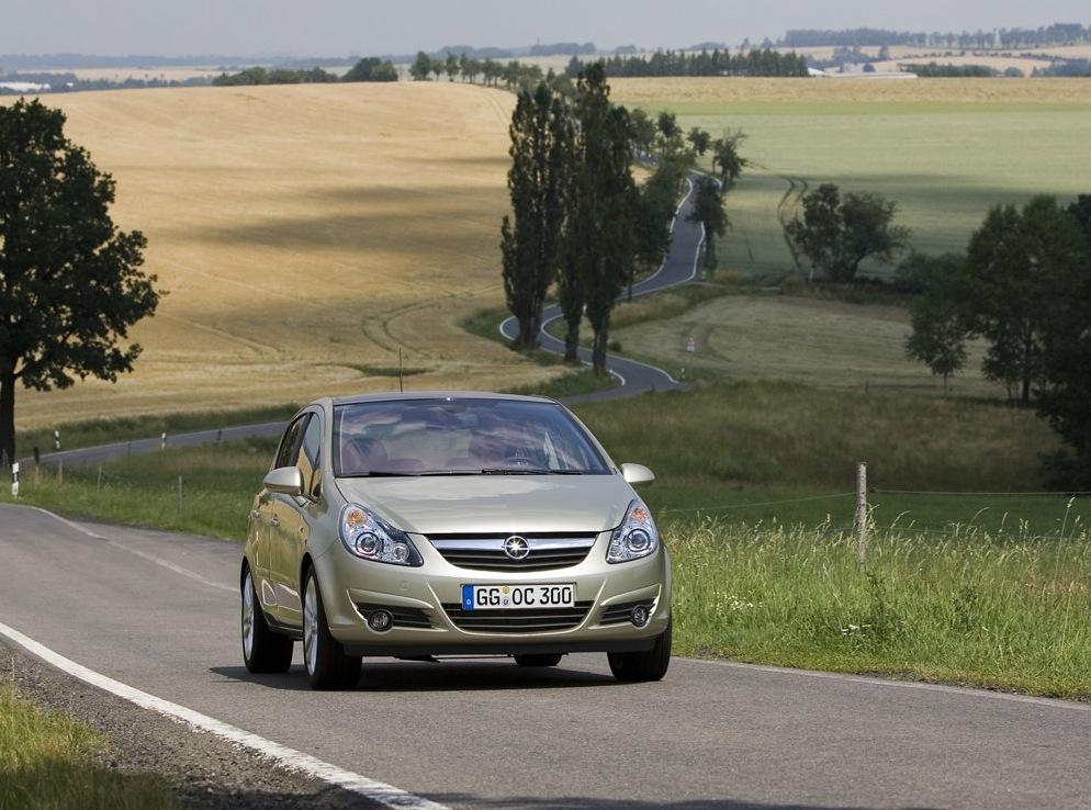 Снимки: Opel Corsa D 3-door