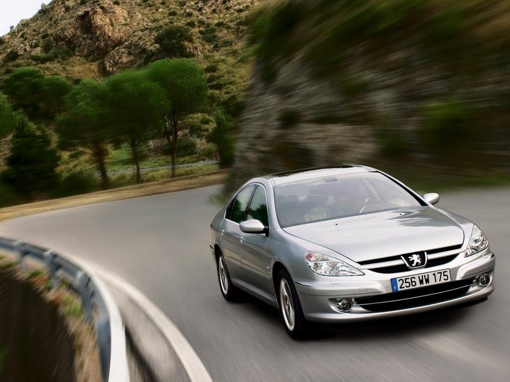 Снимки: Peugeot 607