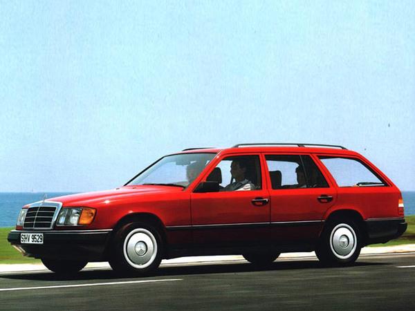 Снимки: Mercedes-benz E-klasse T-mod. (S124)