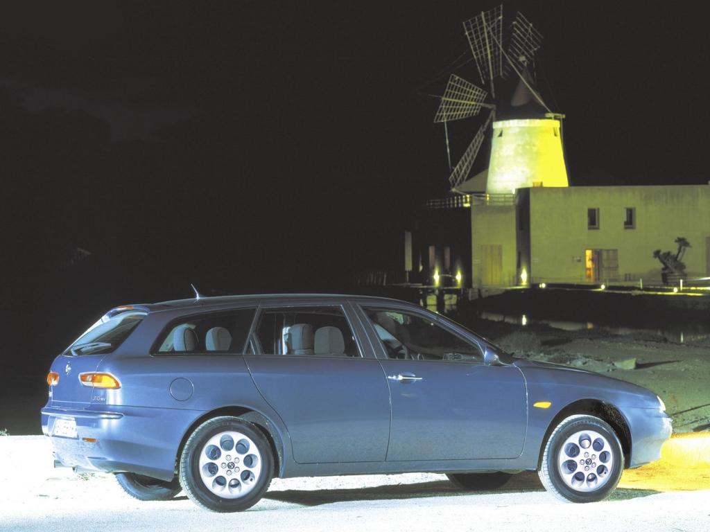 Снимки: Alfa romeo 156 Sport Wagon