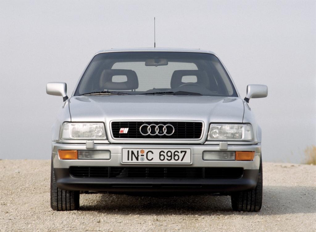 Снимки: Audi S2 Avant