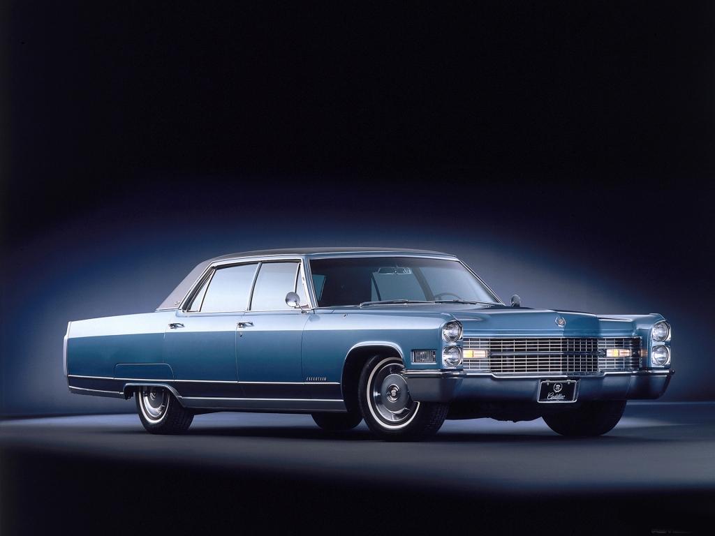 Снимки: Cadillac Fleetwood