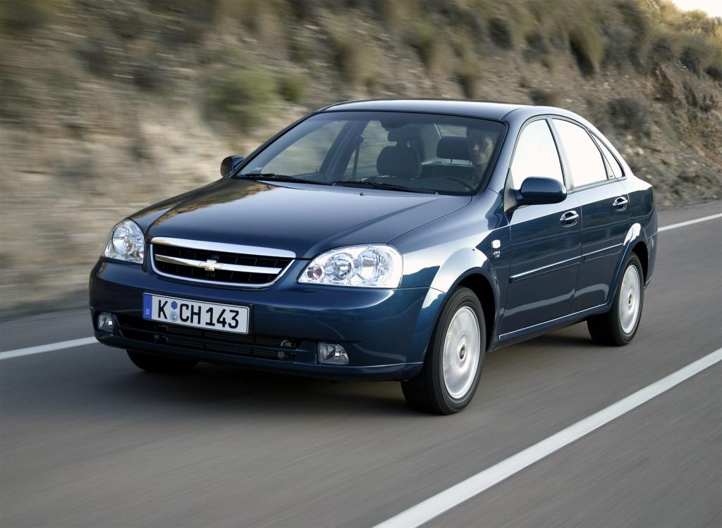 Снимки: Chevrolet Nubira