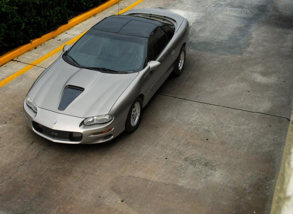 Снимки: Chevrolet Camaro 3