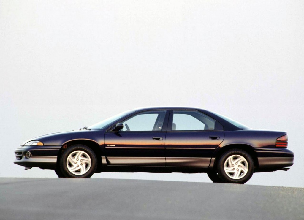 Снимки: Dodge Intrepid I