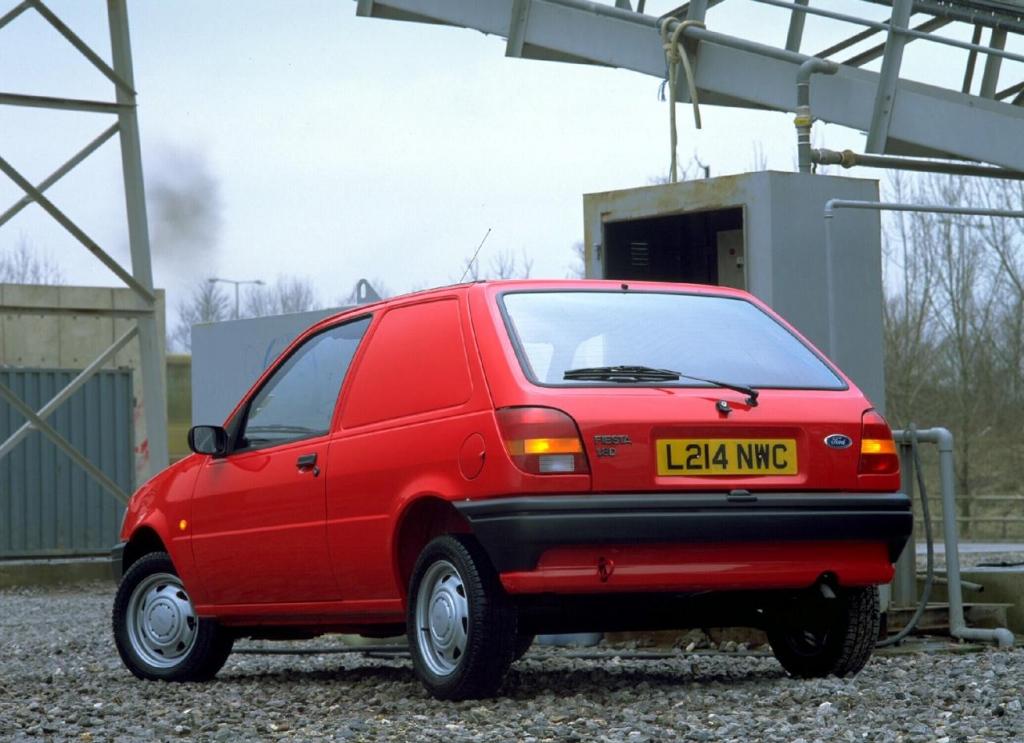 Снимки: Ford Fiesta III (GFJ)