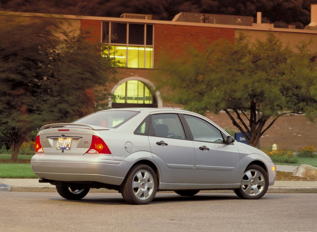 Снимки: Ford Focus I Sedan
