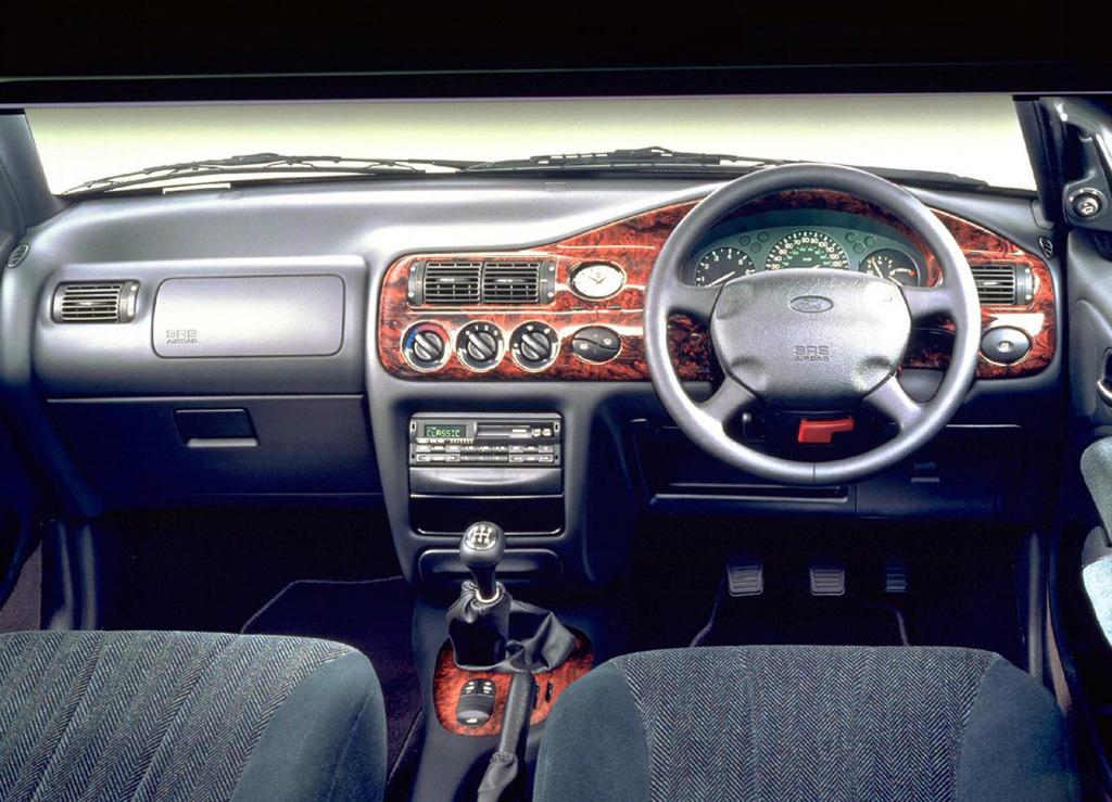 Снимки: Ford Escort VII Hatch (GAL,AFL)