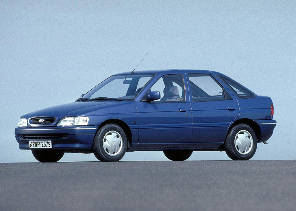 Снимки: Ford Escort VI Hatch (GAL)