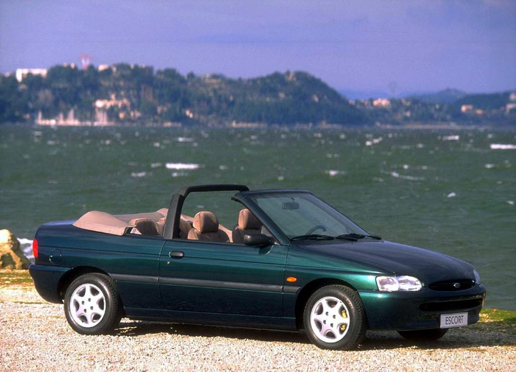Снимки: Ford Escort VII Cabrio