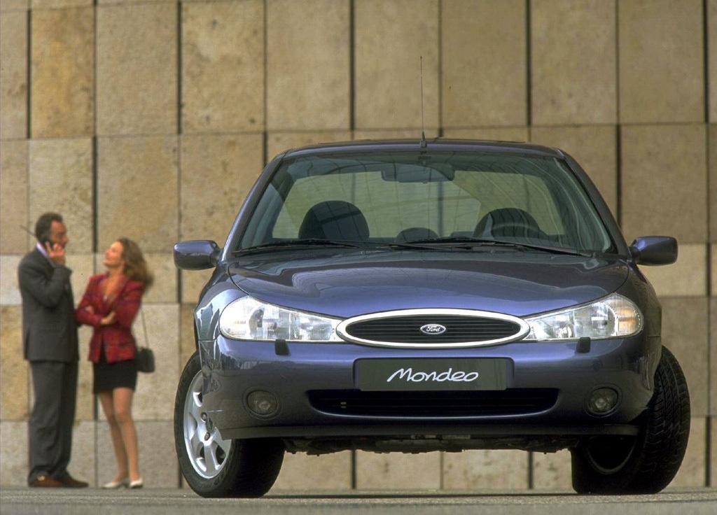 Снимки: Ford Mondeo 2