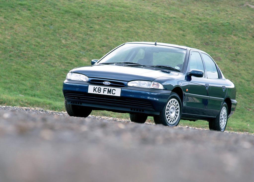 Снимки: Ford Mondeo 1 (GBP)