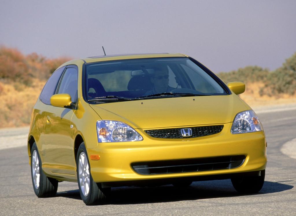 Снимки: Honda Civic  Hatchback 7