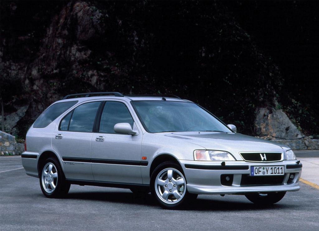 Снимки: Honda Civic VI Wagon