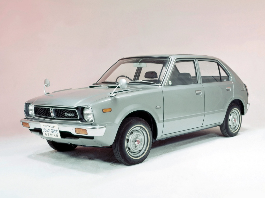 Снимки: Honda Civic  Hatchback 1