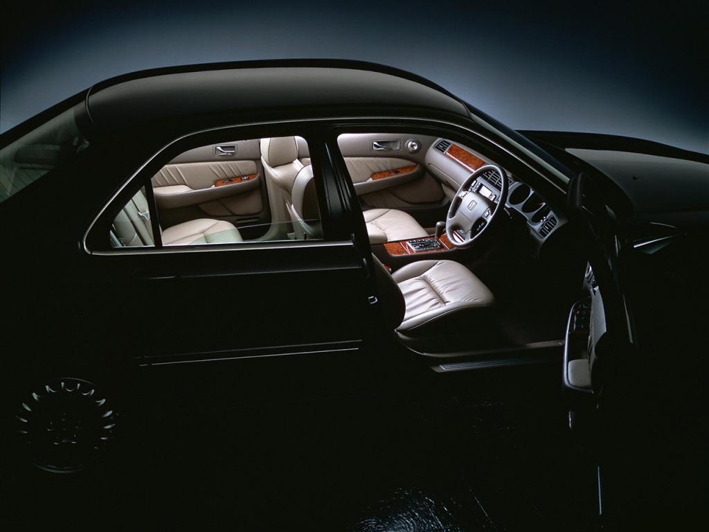 Снимки: Honda Legend III (KA9)