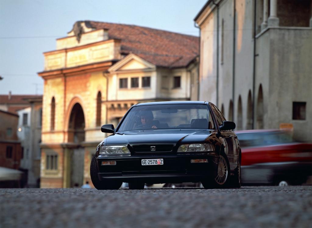 Снимки: Honda Legend II (KA7)
