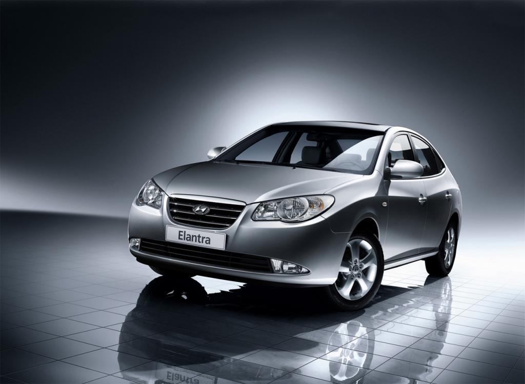 Снимки: Hyundai Elantra IV