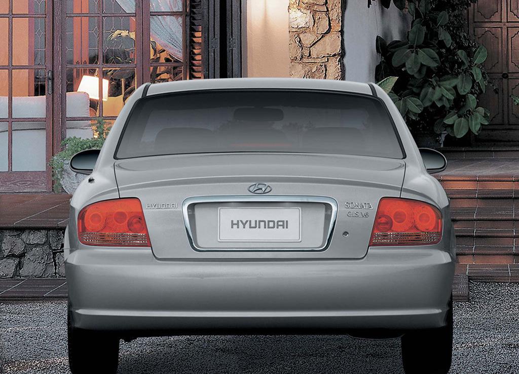 Снимки: Hyundai Sonata IV FL