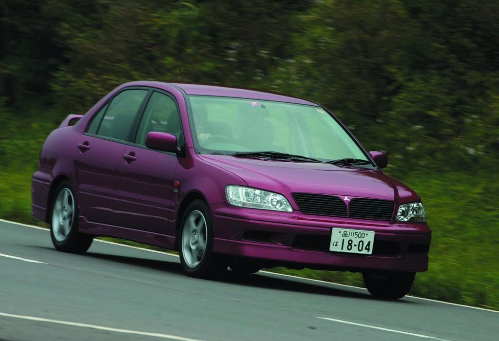Снимки: Mitsubishi Lancer Cedia