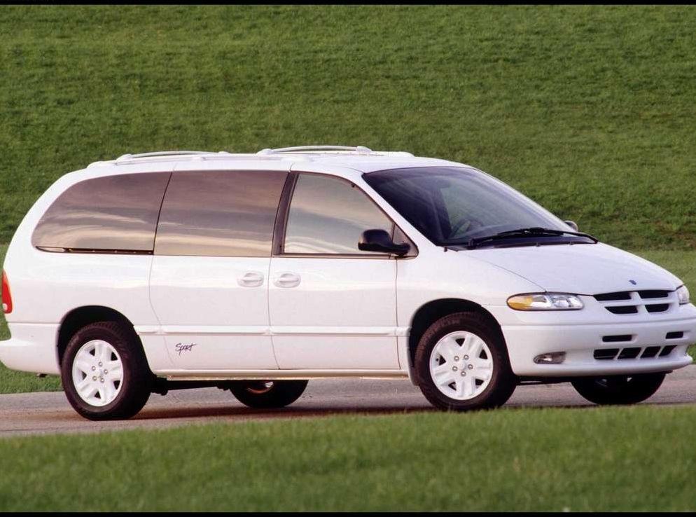 Снимки: Dodge Grand Caravan III
