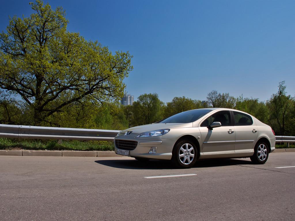 Снимки: Peugeot 407