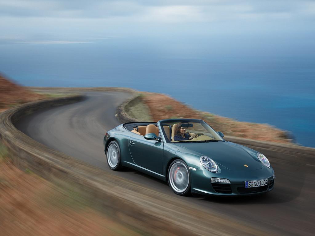 Снимки: Porsche 911 Cabrio (996)