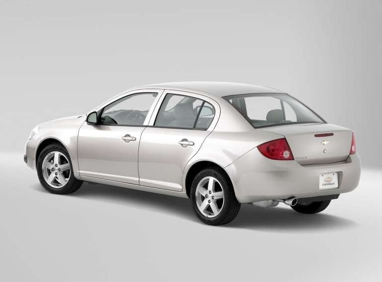 Снимки: Chevrolet Cobalt