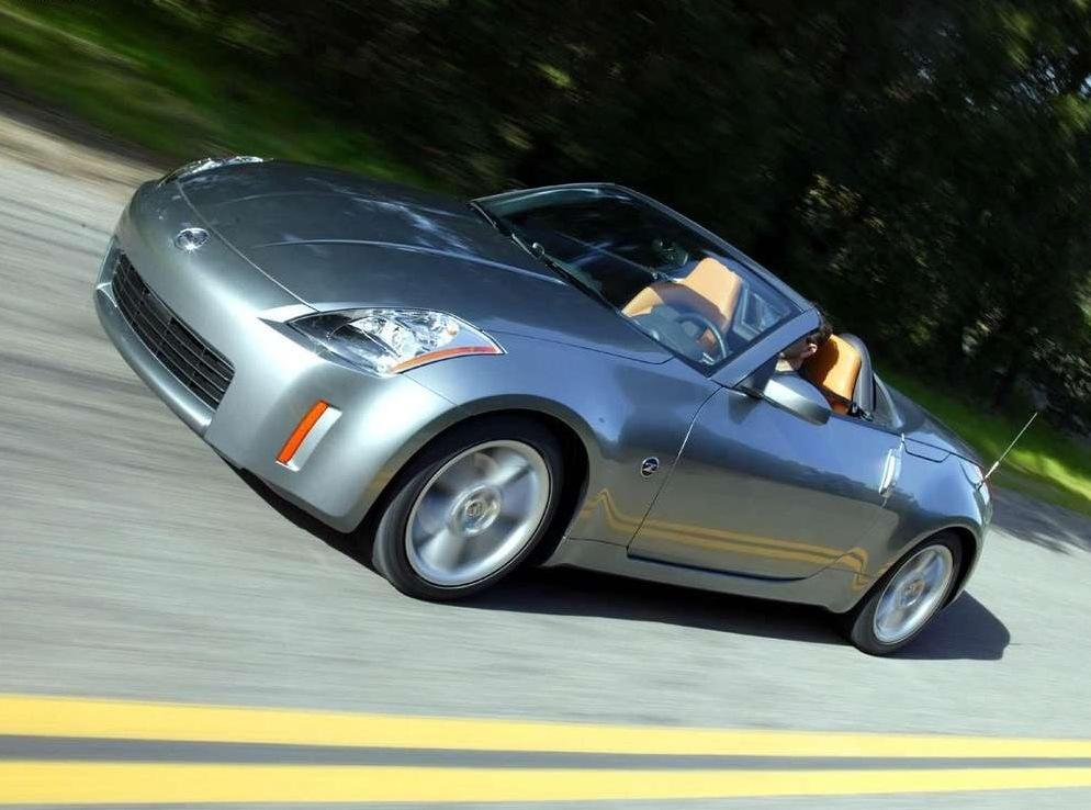 Снимки: Nissan 350Z Roadster (Z33)