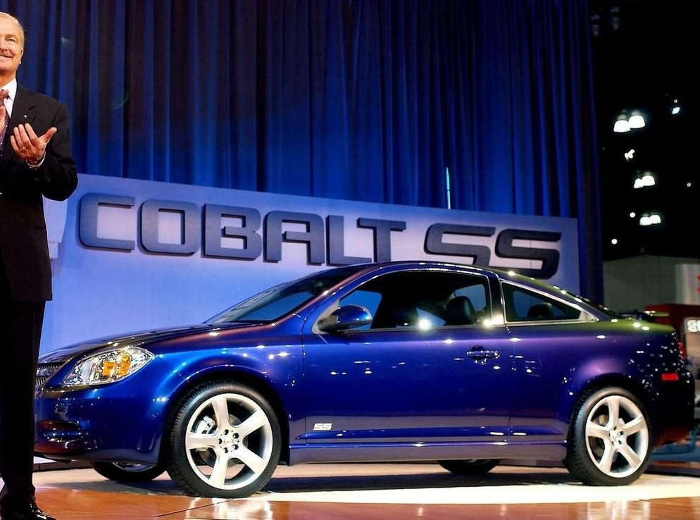 Снимки: Chevrolet Cobalt Coupe