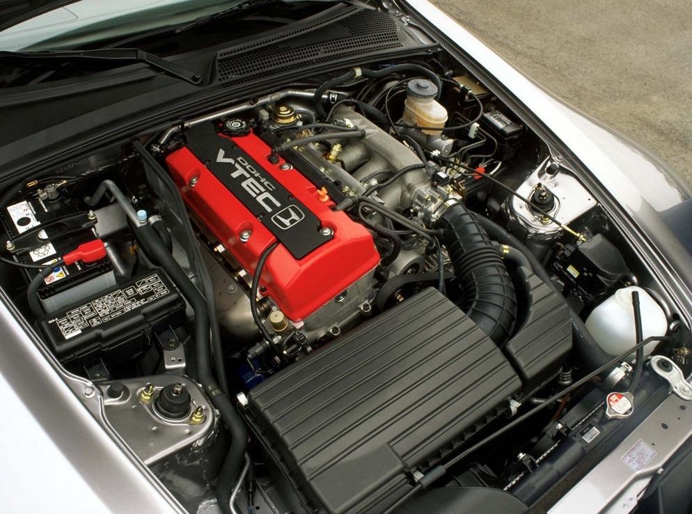 Снимки: Honda S2000