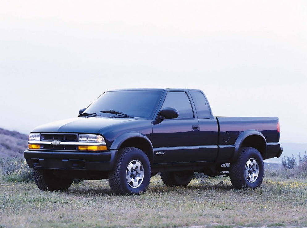 Снимки: Chevrolet S-10 Pickup