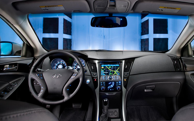 Снимки: Hyundai Sonata 4