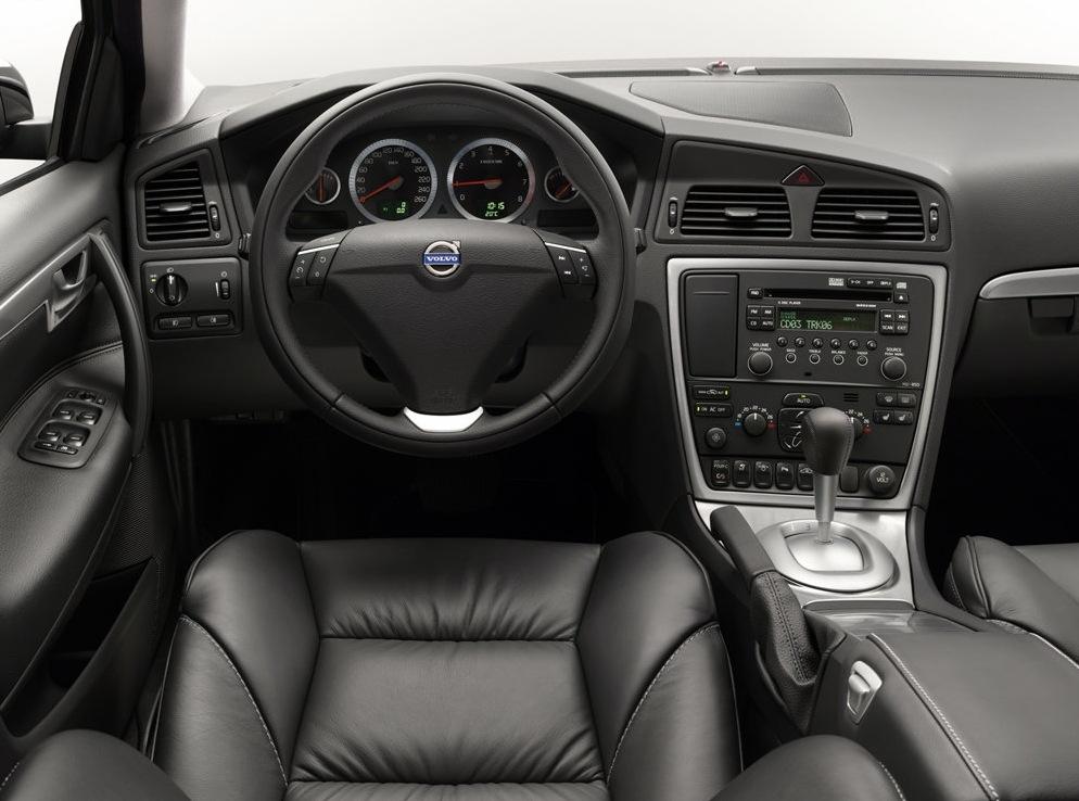 Снимки: Volvo S60