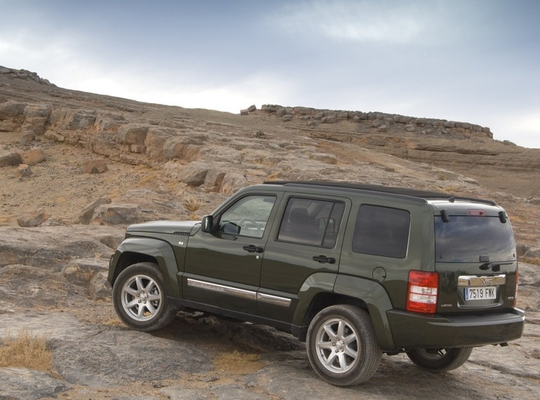 Снимки: Jeep Cherokee