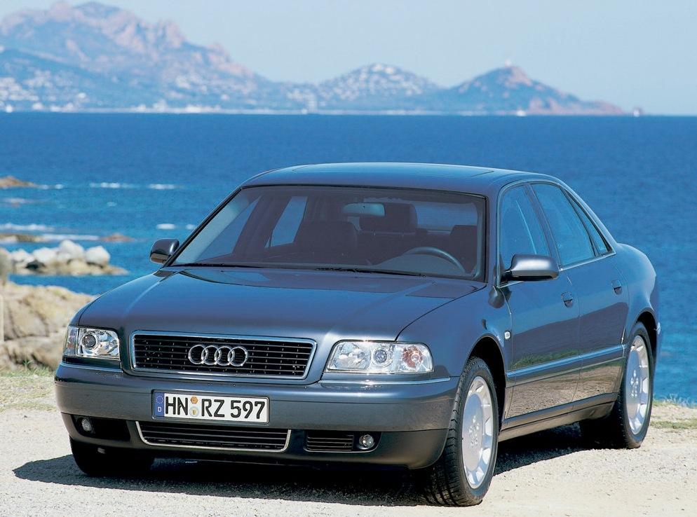 Снимки: Audi A8 (D2)