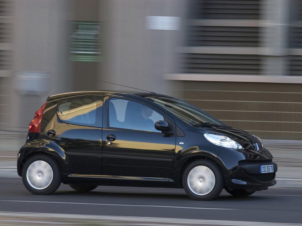Снимки: Peugeot 107 3-doors