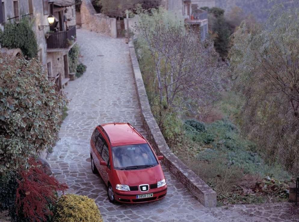 Снимки: Seat Alhambra (7MS)