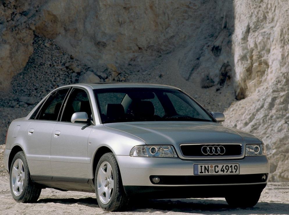 Снимки: Audi A4 (B5-8D)