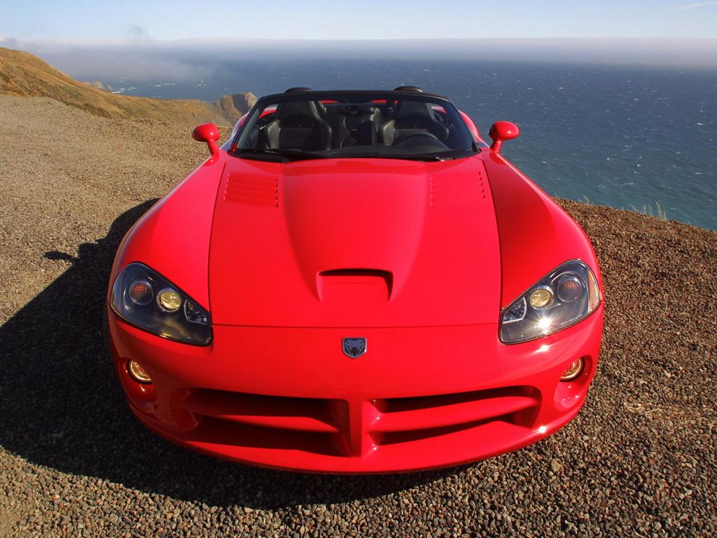 Снимки: Dodge Viper RT II