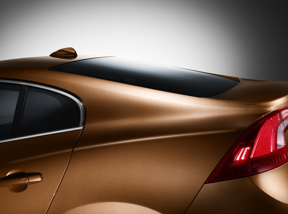 Снимки: Volvo S60 2010